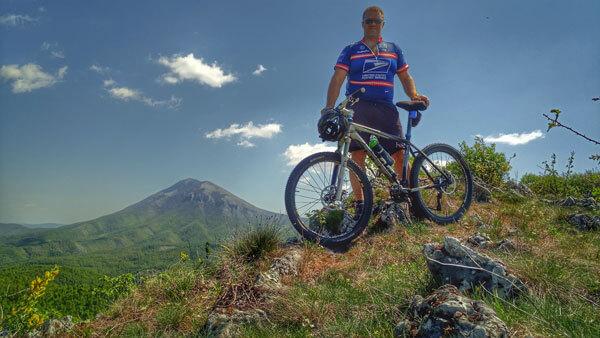 biciklom na greben Skog i pogled na Rtanj