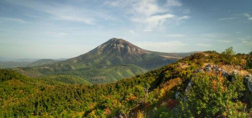pogled na Rtanj sa grebena Skok