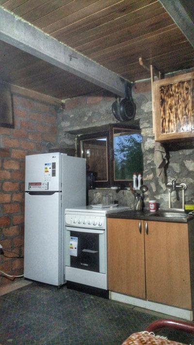 vila_lapusnja_kuhinja